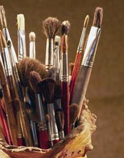 brushes and paing hard to see with macular degeneration